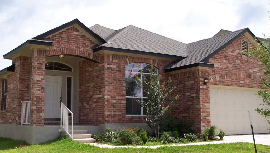 Why you should choose asphalt shingles for your Austin home